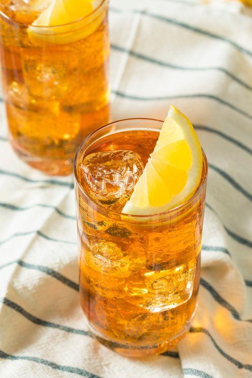 Aperol-Sprizz & Lillet waren gestern! Der neue It-Drink des Sommers heißt ... #alcoholicpartydrinks