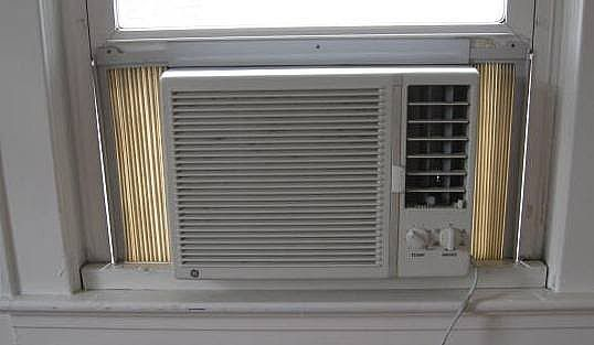 How To Clean The Filter On A Frigidaire Air Conditioner Hunker Clean Air Conditioner Clean Air Conditioner Filter Frigidaire Air Conditioner