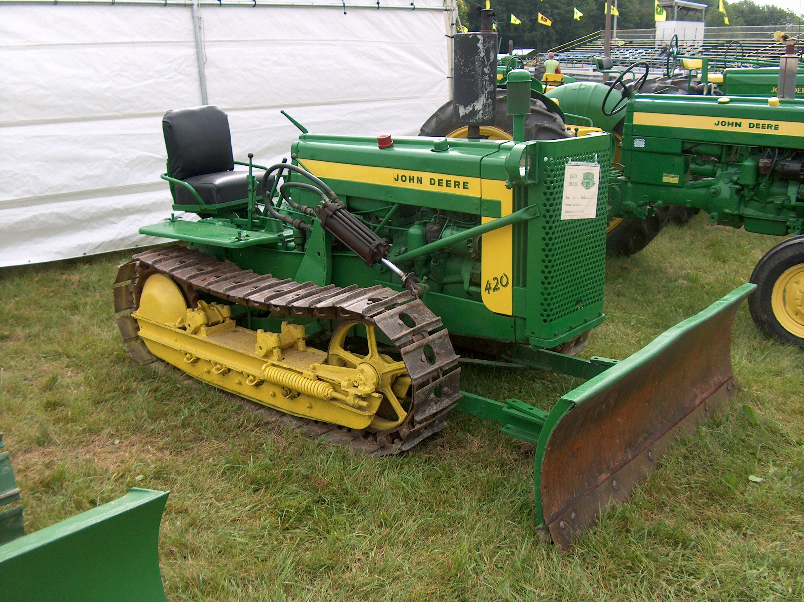Old Antique Jd Crawlers : John deere c roller with a bulldozer ny