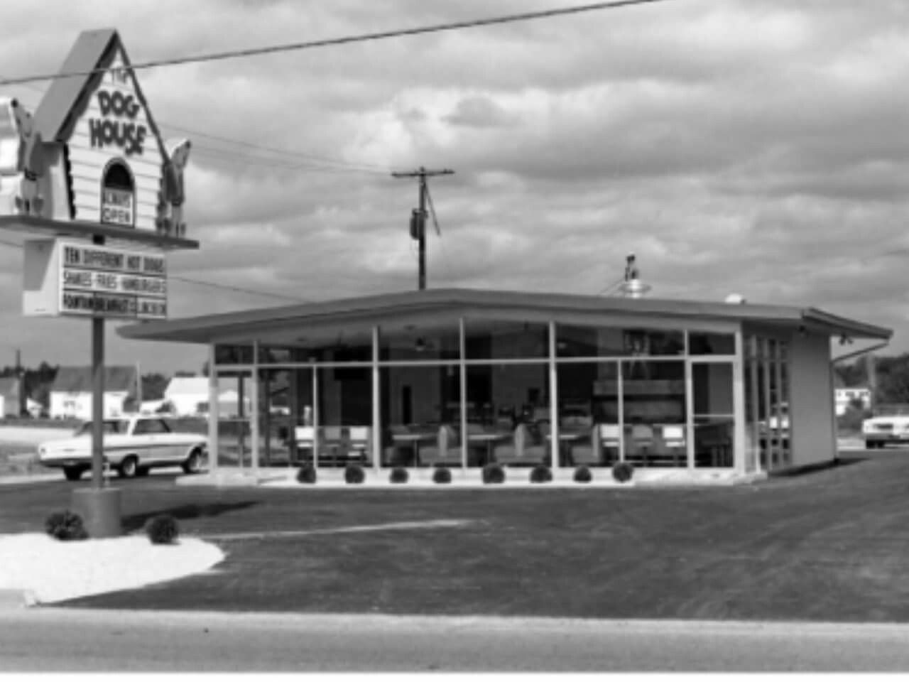 The Dog House In Austintown 1960 Located Just Past The Upstairs On