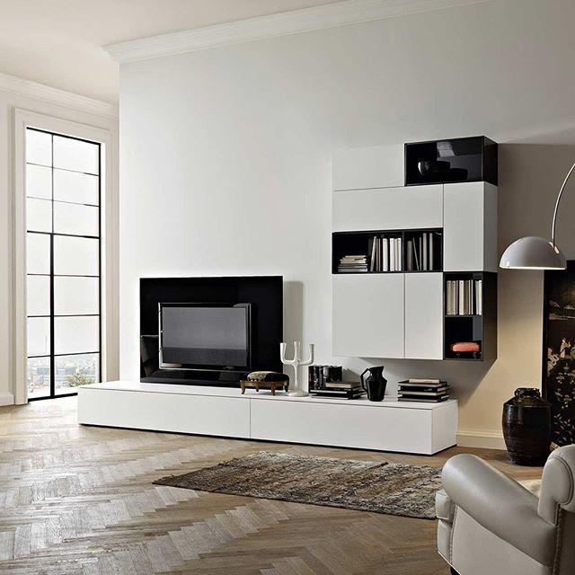 Mit Dem Tv Wandpaneel Konnen Alle Kabel Hinter Dem Paneel Zum Tv