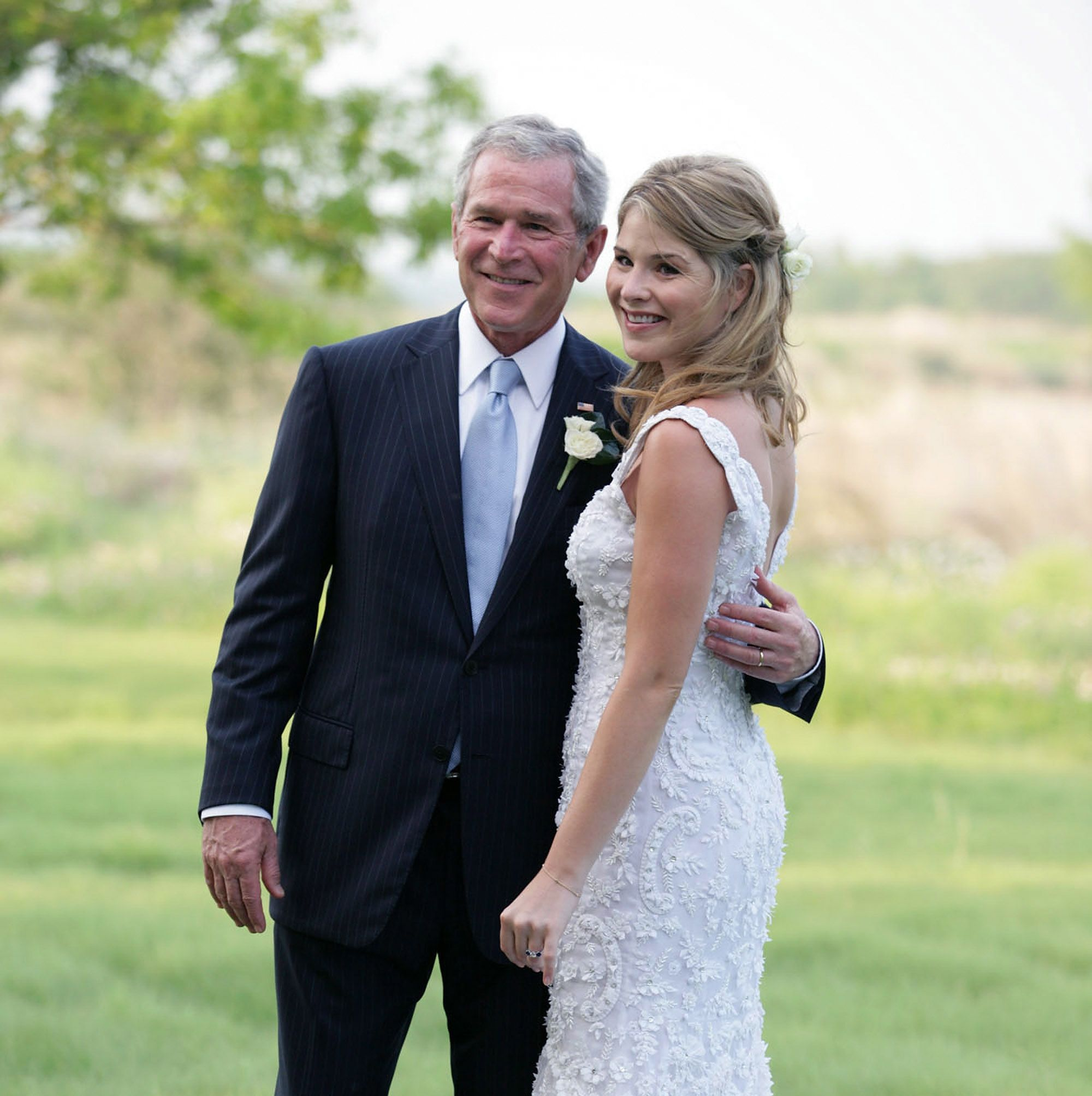 Photo of Jenna Bush Hager shares the life-changing advice President Bush gave her about alcohol