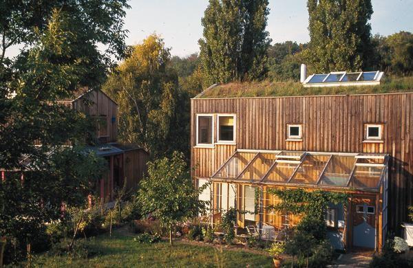 … in Jahre gekommen Ökosiedlung am Wasserturm in Kassel db deutsche bauzeitung