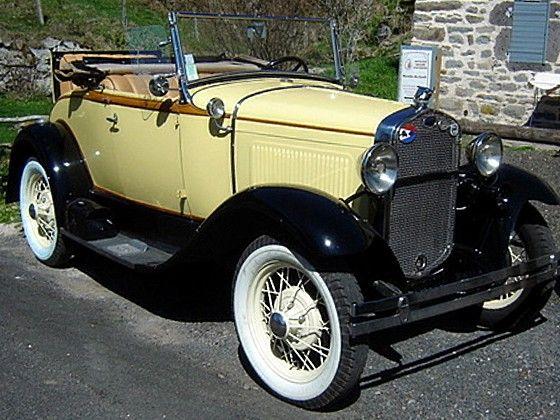 ford model a 1930 voiture de collection ford mod le a de 1930 ancienne carrosserie d capotable. Black Bedroom Furniture Sets. Home Design Ideas