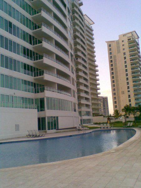 Cancún en Venta y Renta somos un equipo de asesoras en Bienes Raíces con más de…