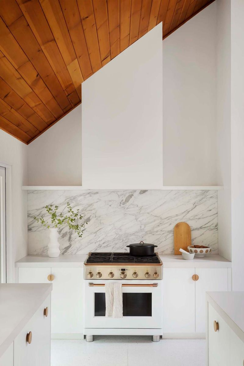 8 White Kitchen Cabinet Ideas You Can T Call Vanilla White Marble Kitchen White Ikea Kitchen Kitchen Cabinet Design