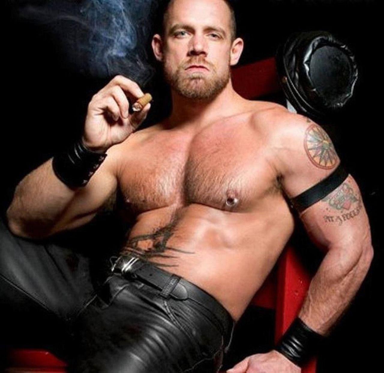 Gay cigar pig