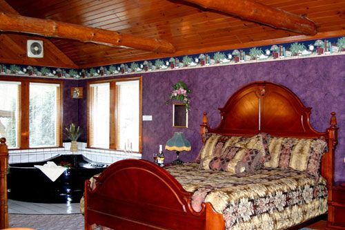 Ohio amish country honeymoon chalets donna39s premier for Honeymoon suites in ohio