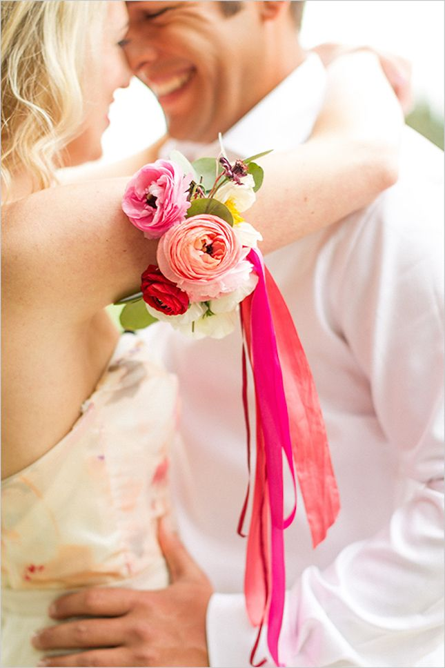 11 Non Flower Crown Ways To Wear Flowers On Your Wedding Day