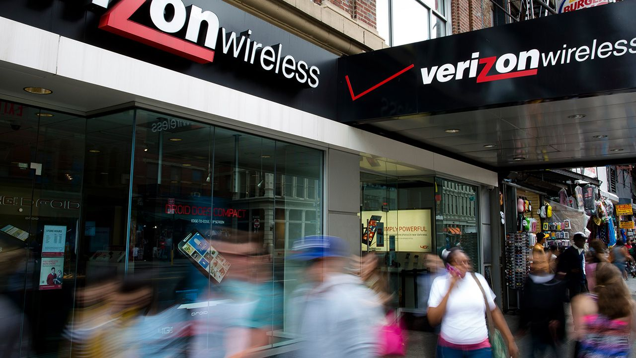 Verizon Wireless text messaging outage impacting East