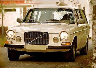 Volvo 165 by 00anders, via Flickr