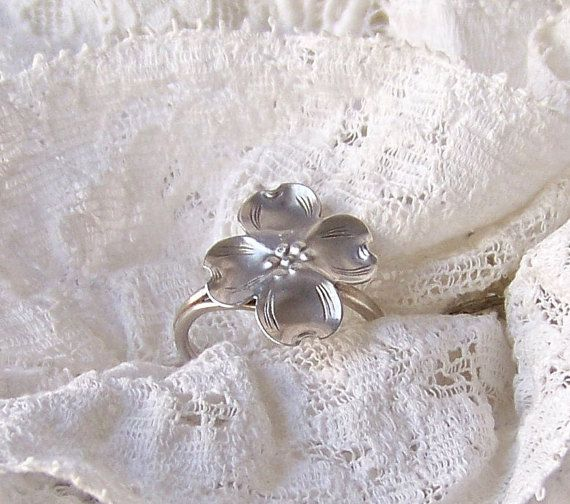 Vintage Sterling Silver Midi Ring Dog Wood Flower by CynthiasAttic