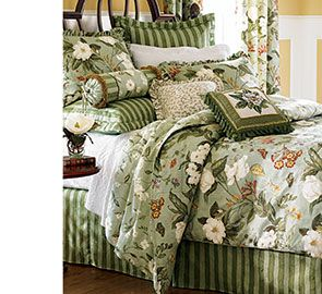 set quilts quilt ip scalloped bedding com walmart damask dressed up waverly
