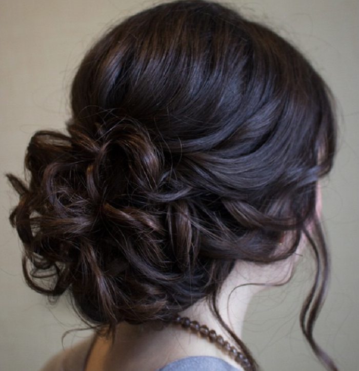 Chic Messy Wedding Updo For Straight Hair Hair Hair Styles Wedding Hairstyles