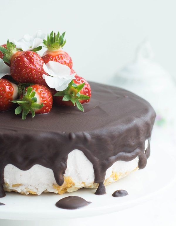 Erdbeer Ricotta Tortchen Recipe With Images Strawberry Recipes Sweet Cakes Food