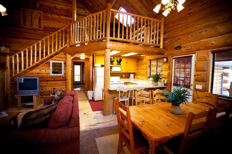 Braided rug cabin at the molly butler lodge in greer az for Cabins near greer az