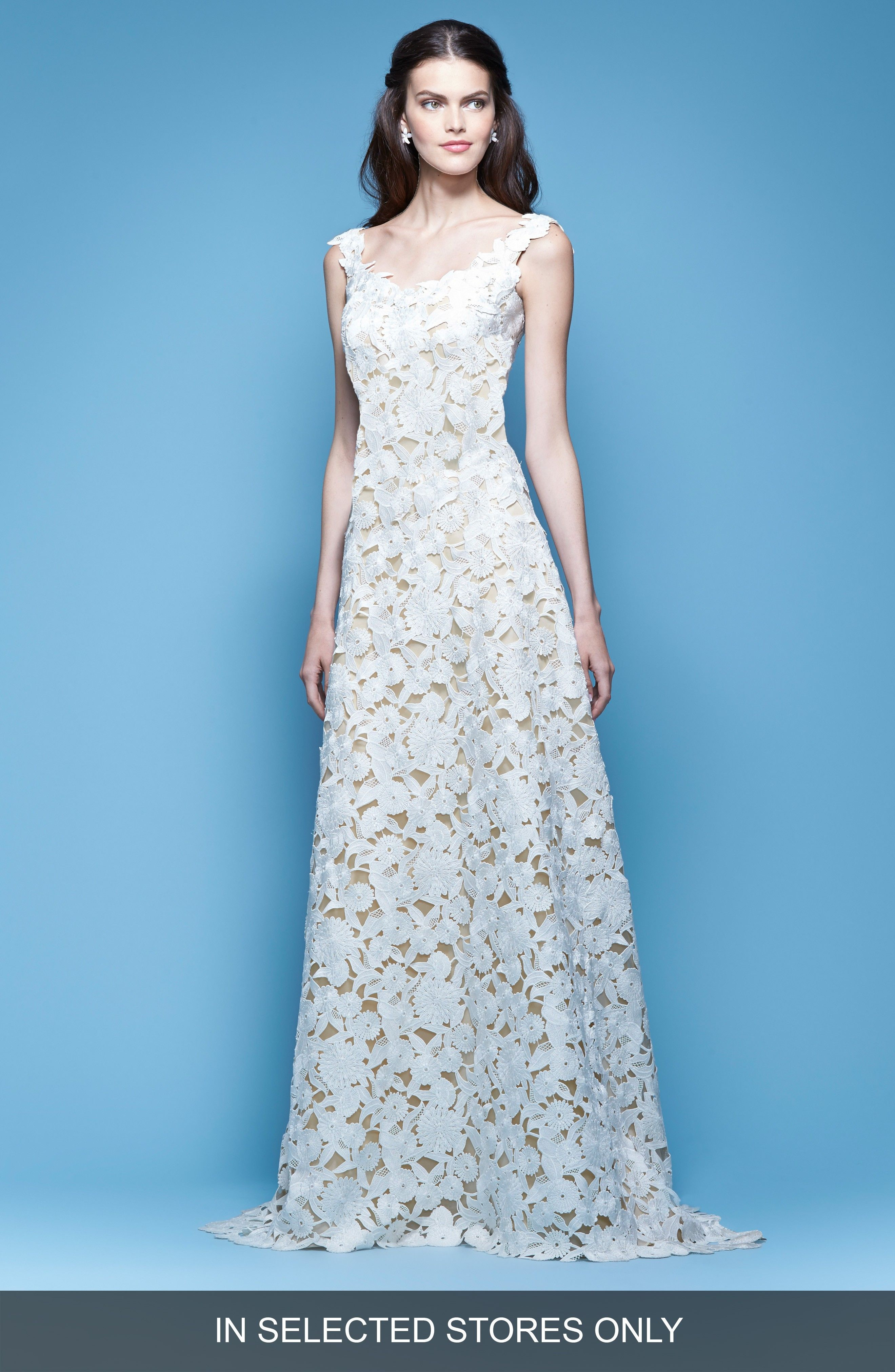 Buy CAROLINA HERRERA Guipure Lace A-Line Gown for shopping. [$7490 ...