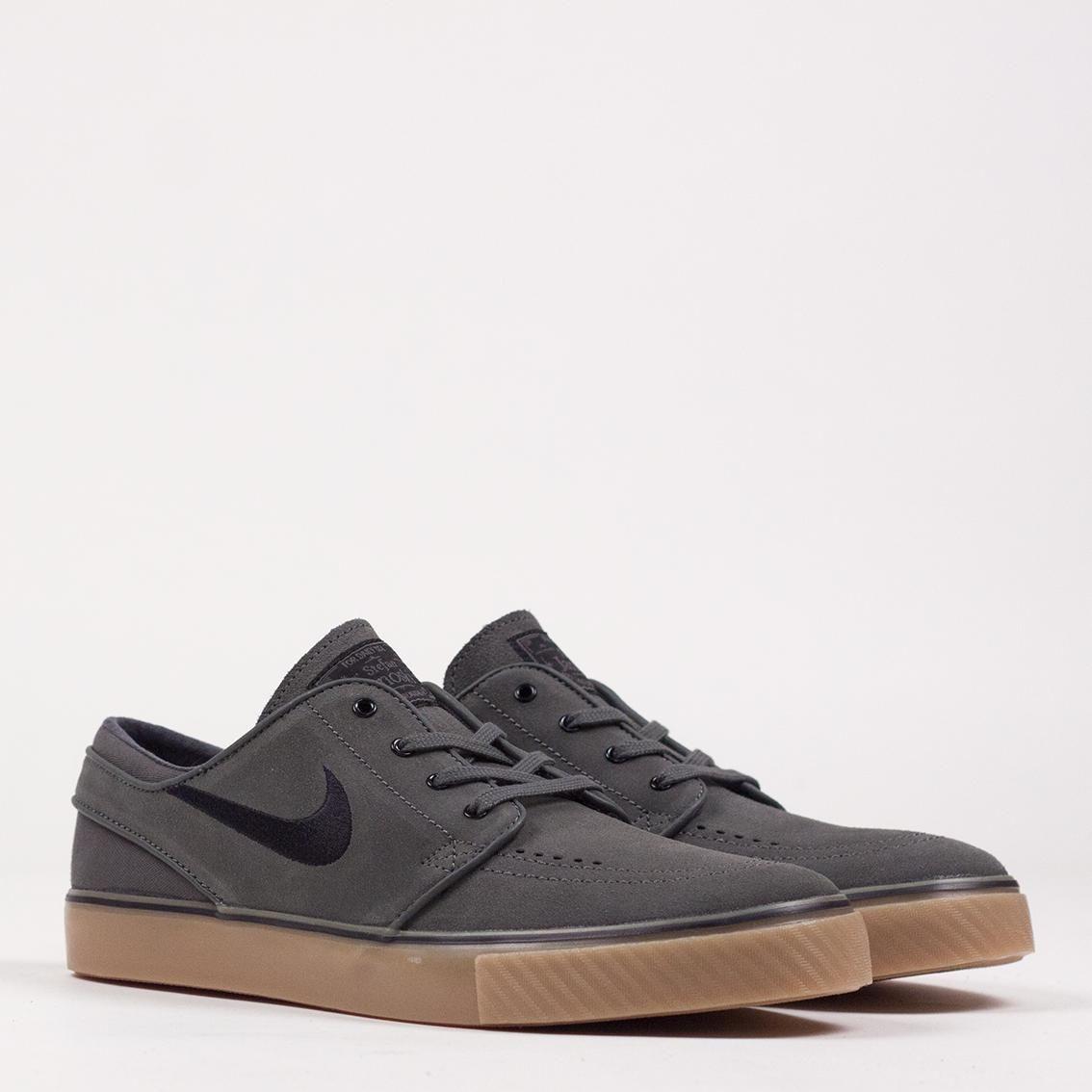 19a8de973fc9 Nike SB Stefan Janoski - Dark Base Grey Black Gum Light Brown