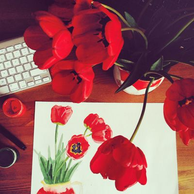 Tulips #illustration #illustrator #botanical #drawing #floral #sketch #inspiration #red