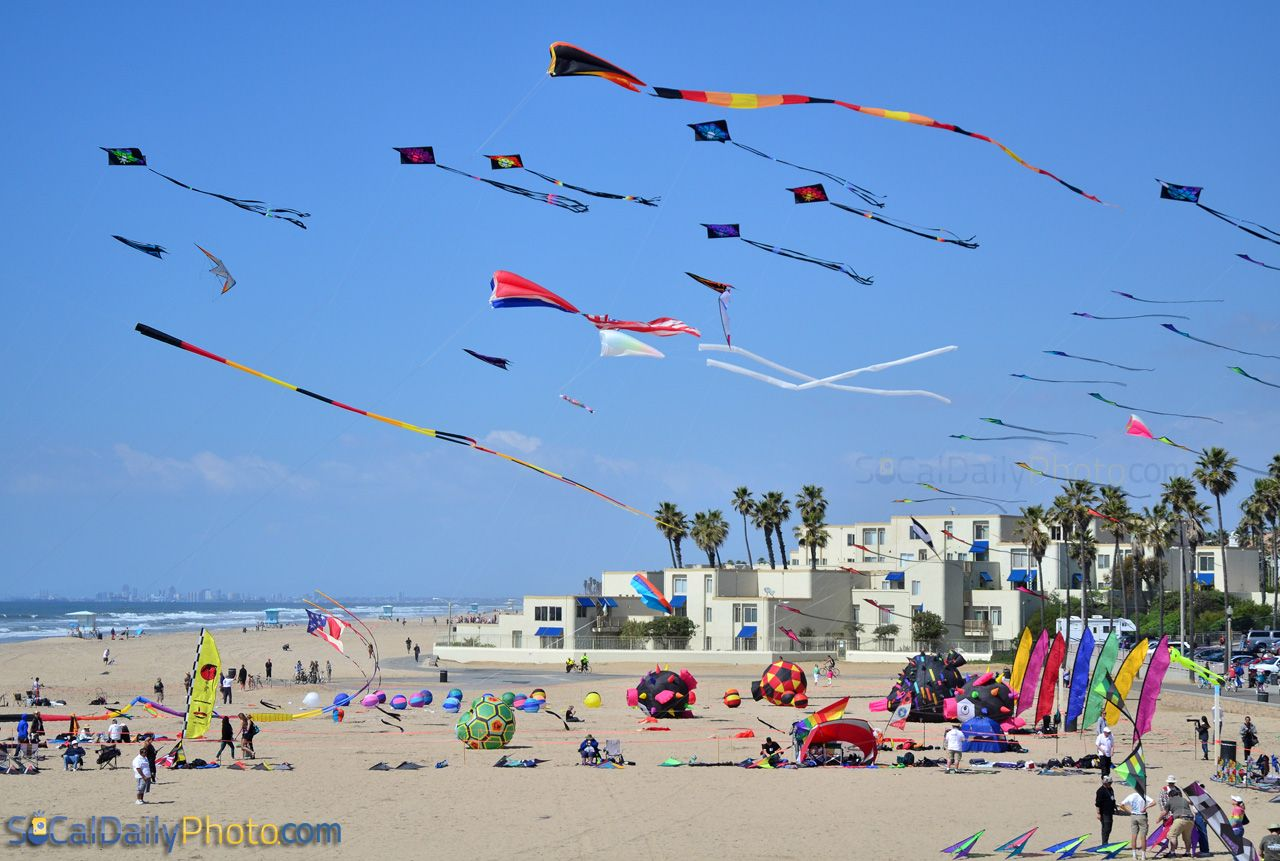 Kite Flying Party Returned To Huntington Beach Southern California Daily
