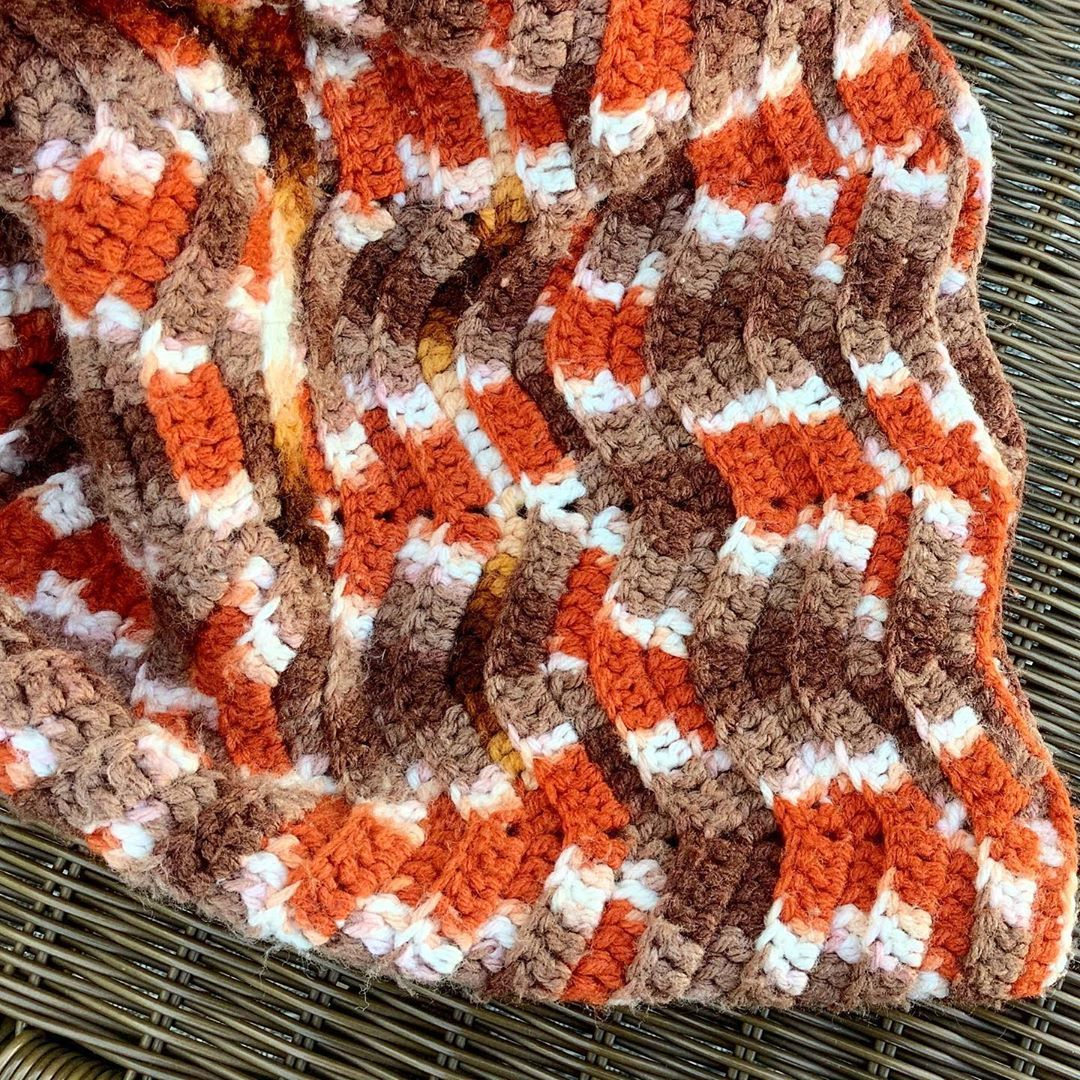 Cozy Series - Vintage Afghan in Warm Earth Tones For sale. Local delivery available. #justlisted #etsysellersofinstagram #oranges #peachesandcream #rusty #goldtouch #vintagetextiles #afghanstyle #handmade #throwblanket #bohohome #homegoodshappy #visuelle #sip #stayhome #staycozy