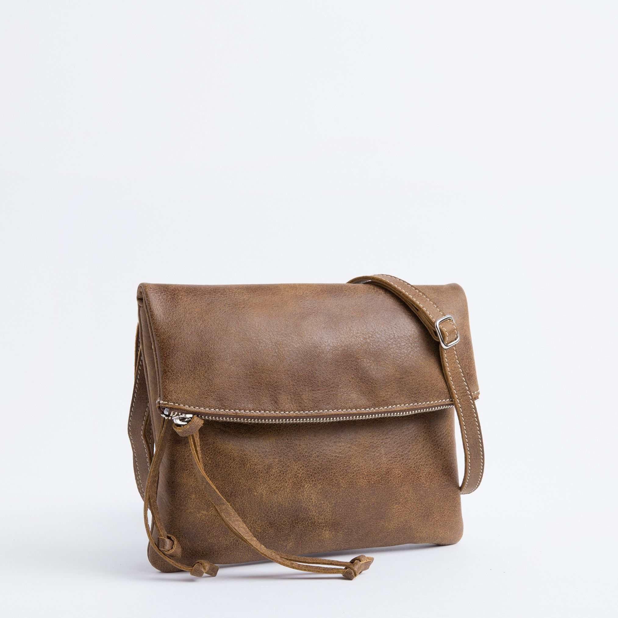 Jessie Bag Tribe Women S Leather Shoulder Bags Roots