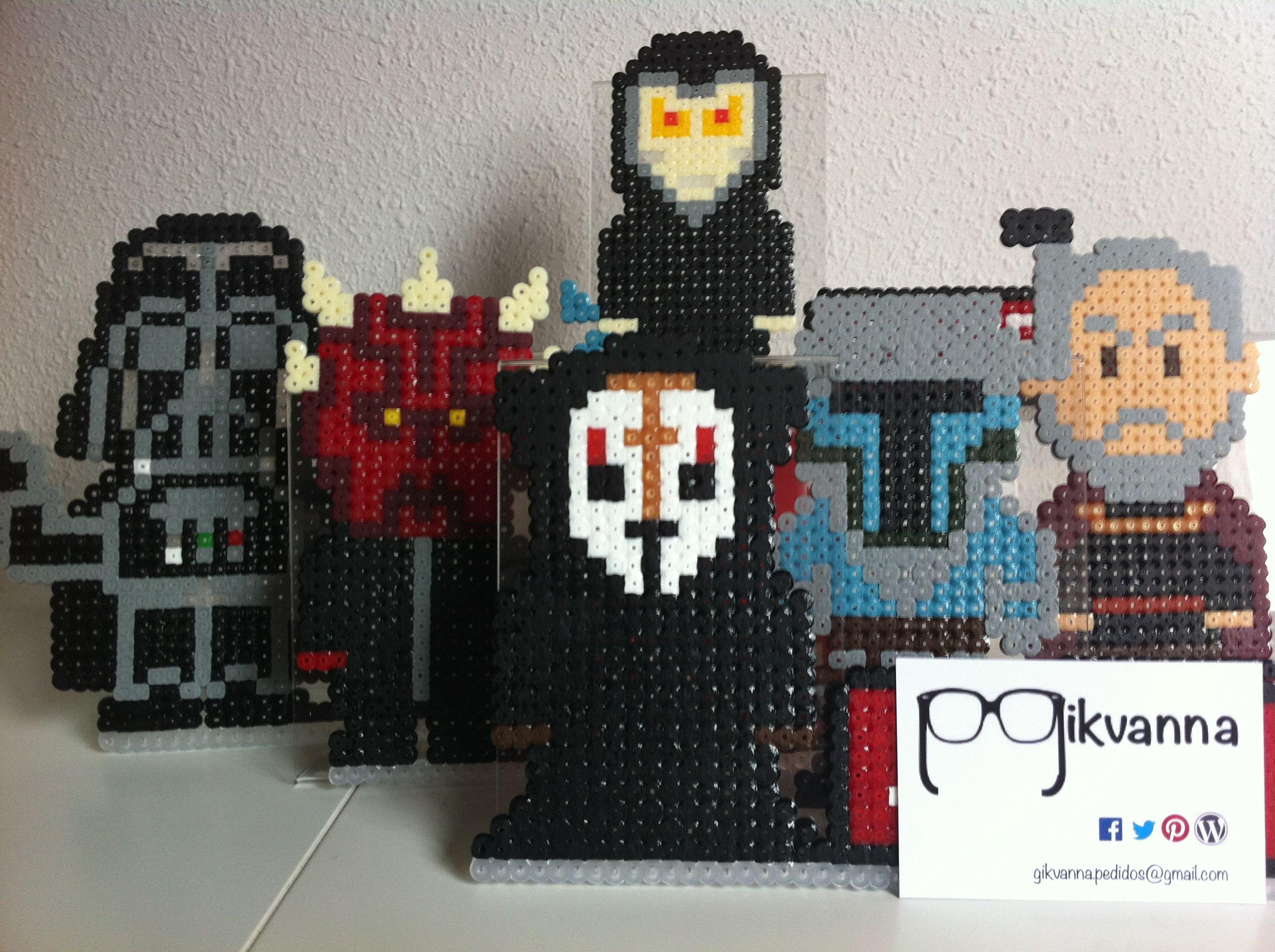 Los Lords Sith (por encargo) con los nombres de tu equipo para la oficina #geek #hamabead