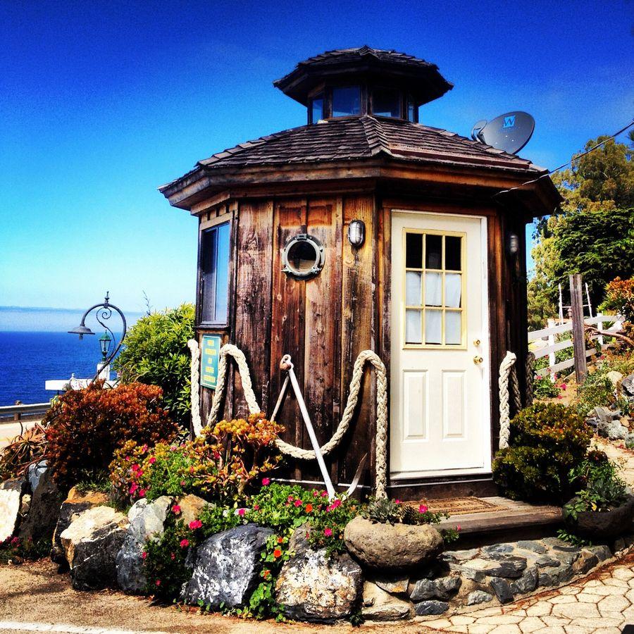 Beach House Springfield Il: Lighthouse, Beacon Of Light