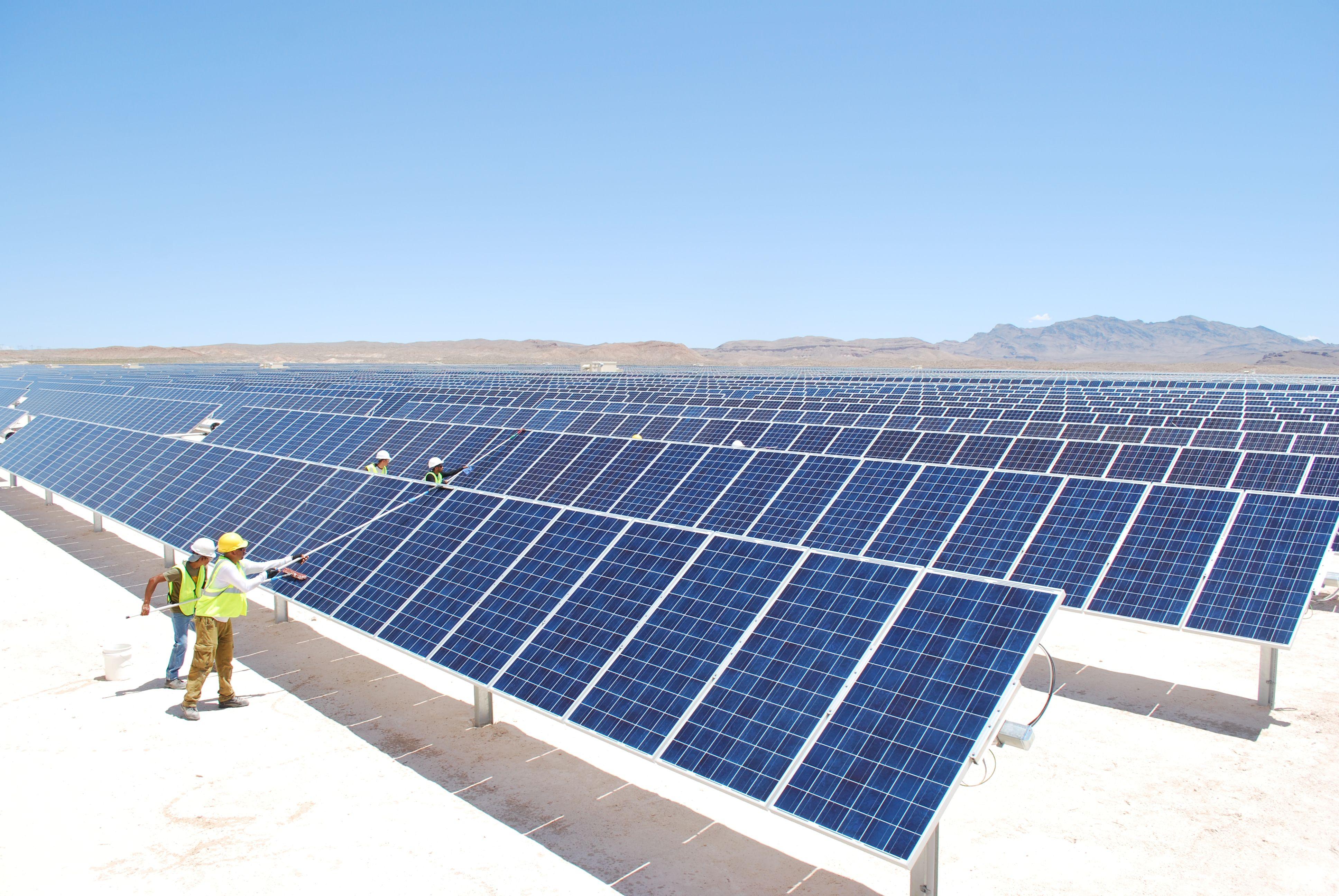 Solar Panel Cleaning In Slough Solar Panels Solar Roof Solar Panel