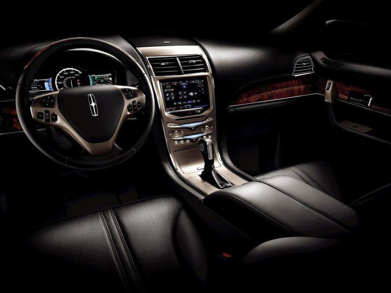 Lincoln MKX Steering Wheel Keychain