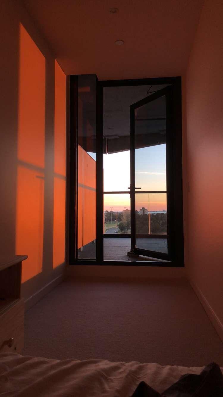 Best Aesthetics Lighting Sunset Light Orangelight 400 x 300