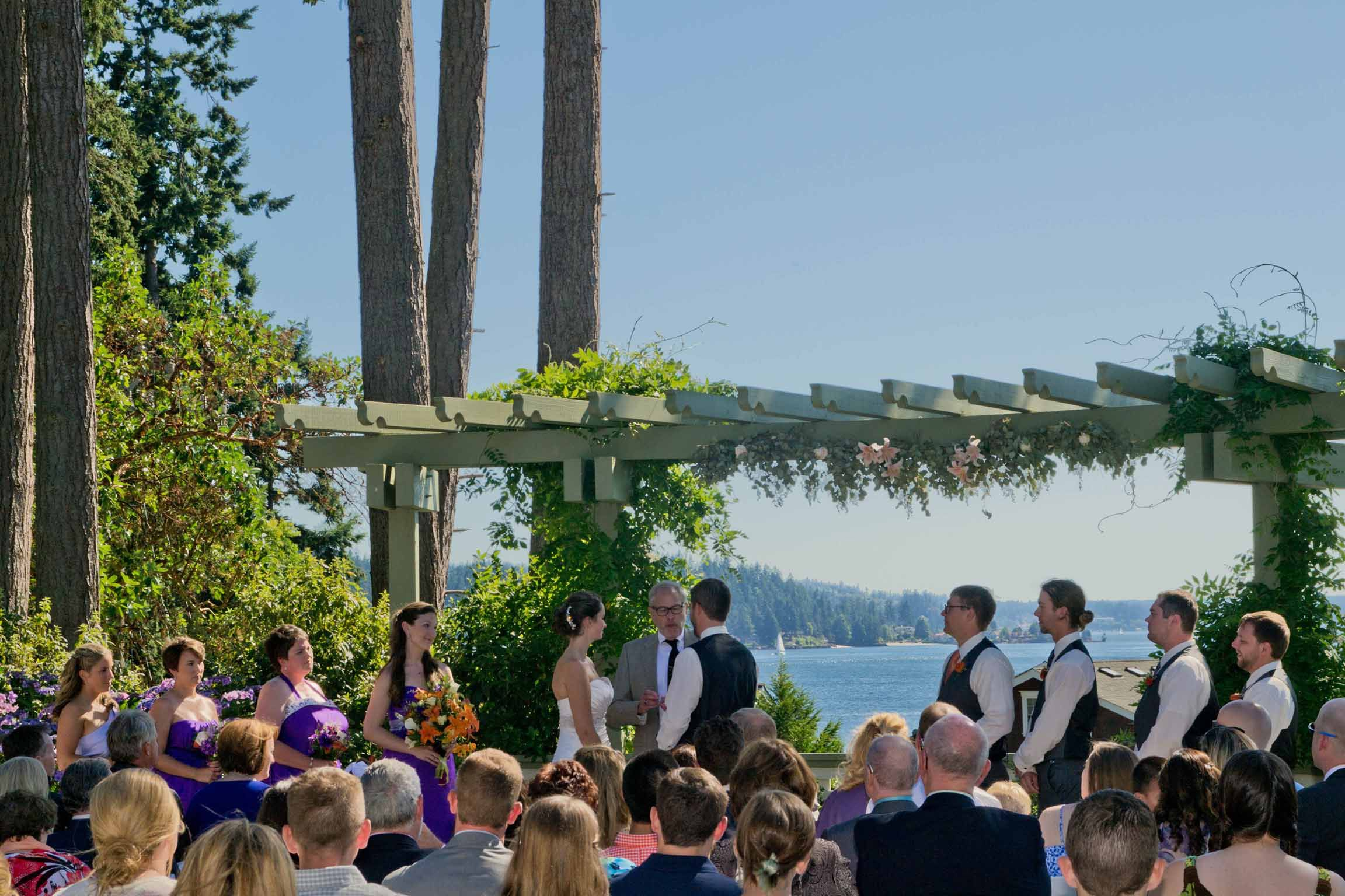 Music Masters Dj S A Wedding At Manor House On Bainbridge Island