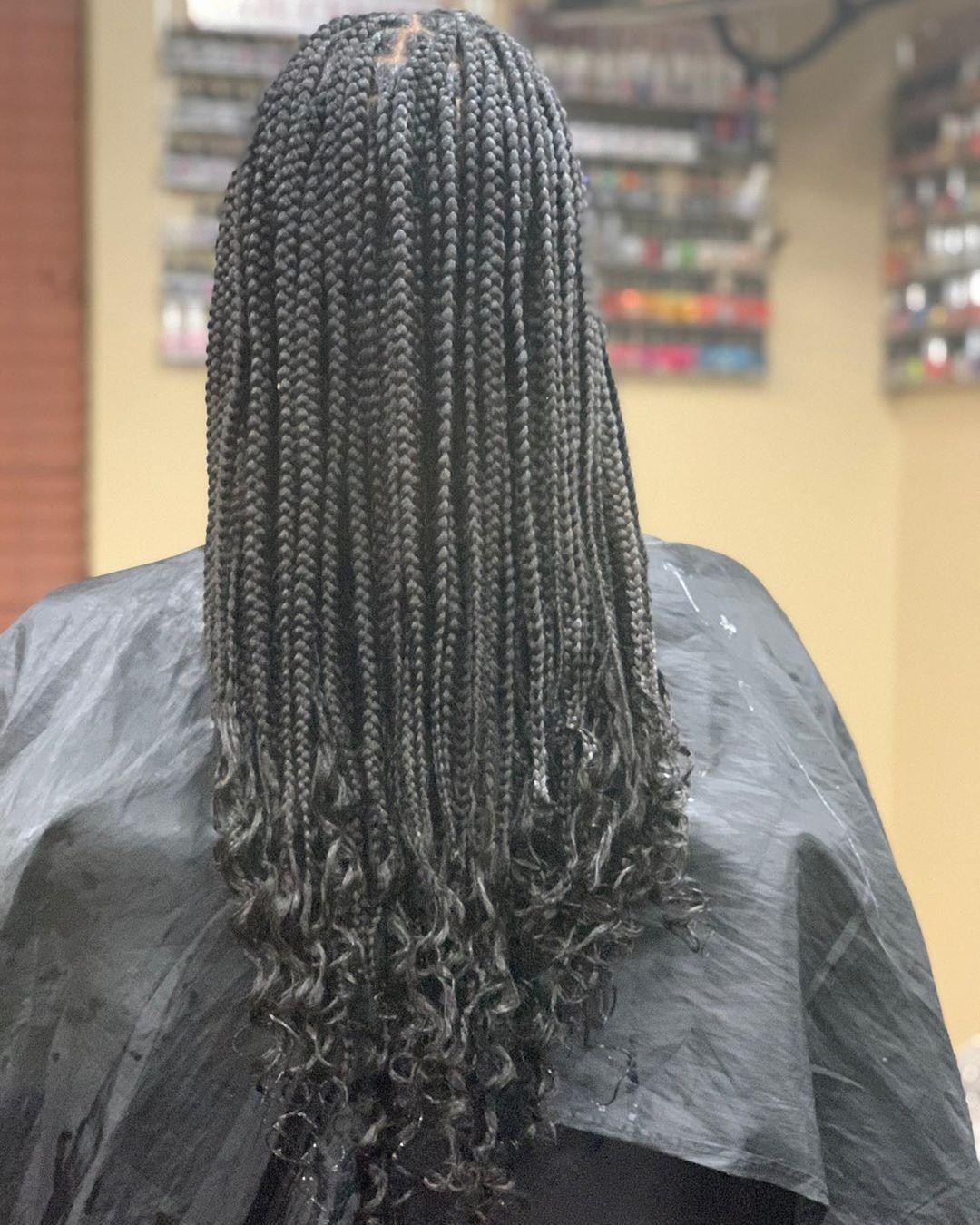 Medium Size Full Knotless Box Braids With Hand Curls Long Box Braids Box Braids Pictures Box Braids