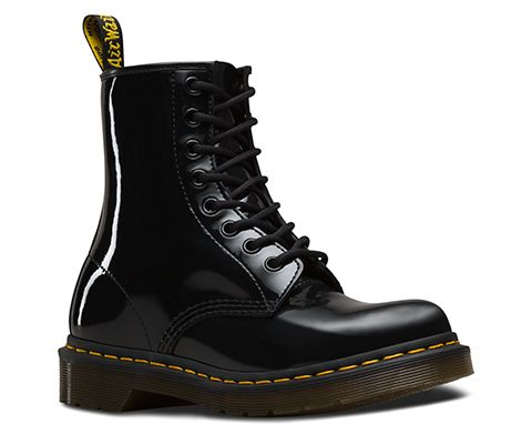 A New Leather For An Old Classic This Iconic 8 Eye Women S Boot Shines Bright In Glossy Paten Patent Leather Boots Lace Up Combat Boots Dr Martens Black Boots