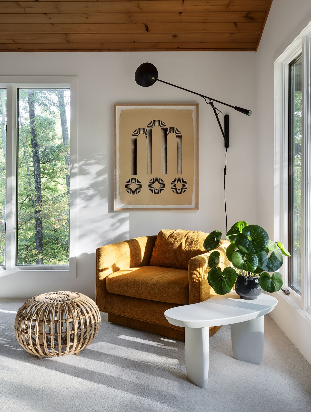 Find Out What a Picture Window is and How to Decorate It | DIY