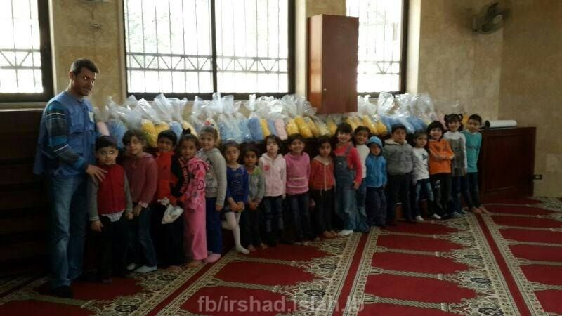 تستكمل لجنة الإغاثة في جمعية الإرشاد والإصلاح برنامج الدعم النفسي الاجتماعي للأطفال السوريين في عرمون الذي يتضمن العديد من المحاور التي Home Decor Decor Home