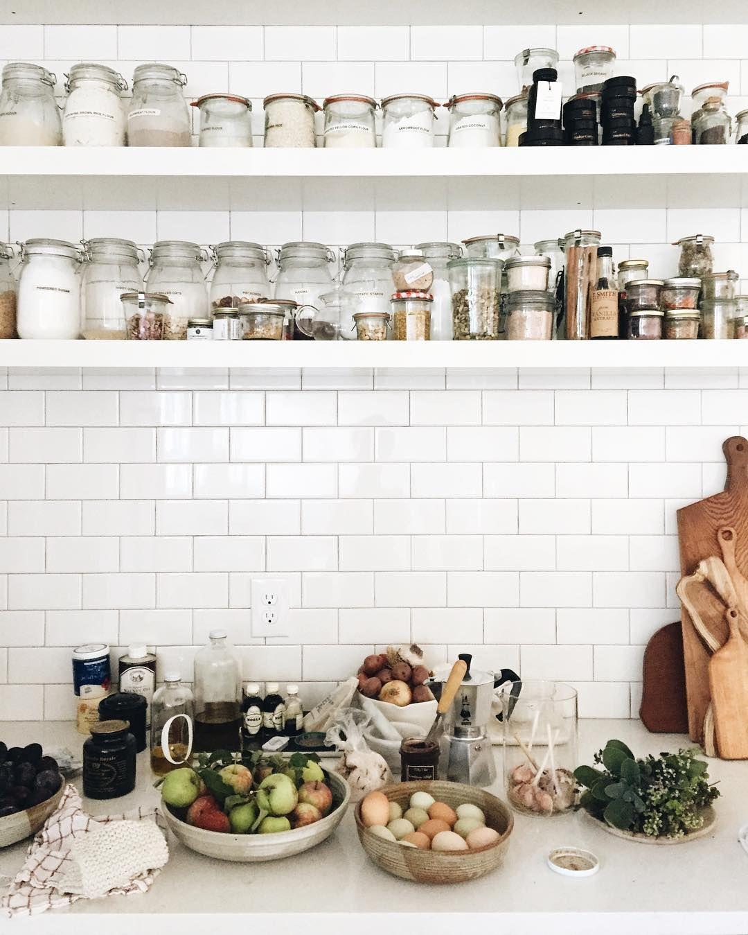 Großzügig Küche Drahtlagerregale Fotos - Die Besten Elektrischen ...