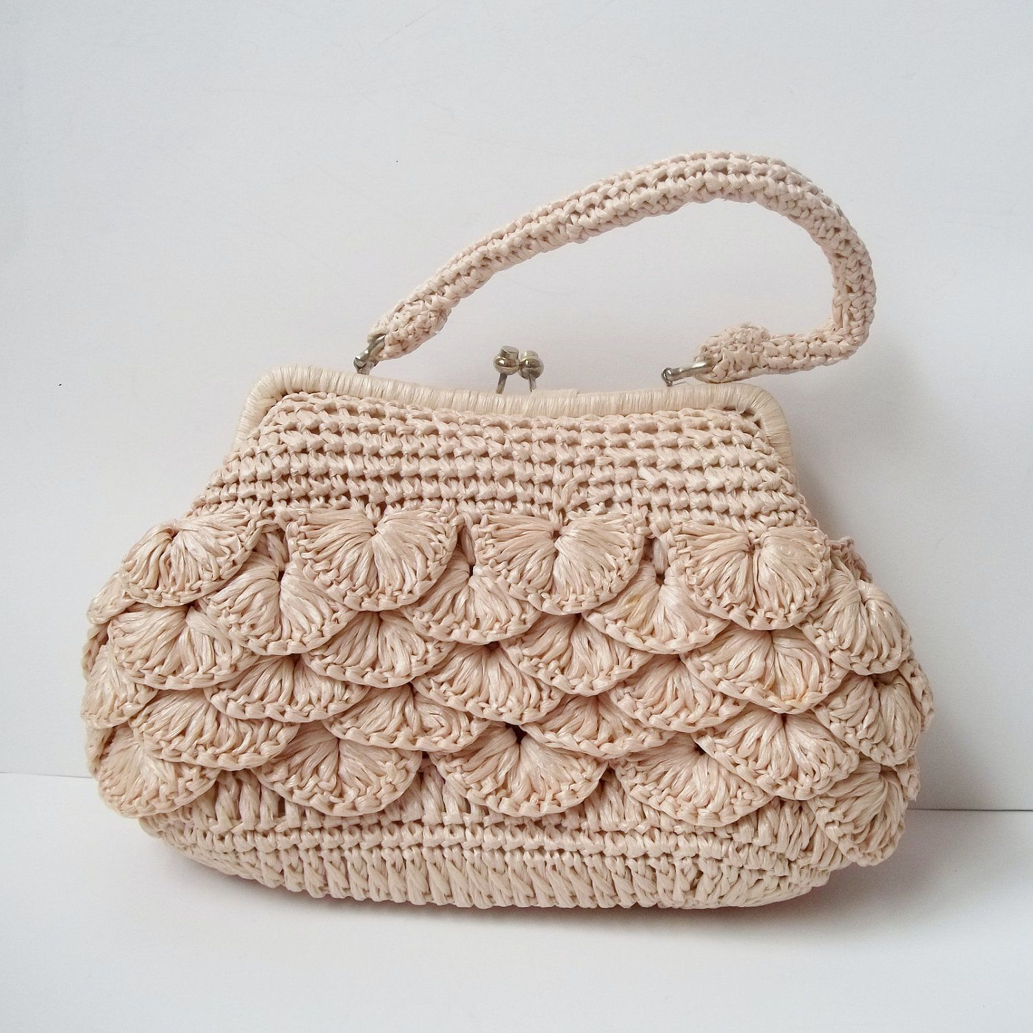 27a54edbdab Vintage 1960s Mantessa Cream Raffia Crochet Frame Handbag Purse ...