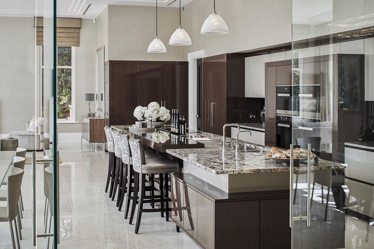 A Luxury Contemporary Kitchen Design Luxury Kitchens Luxury