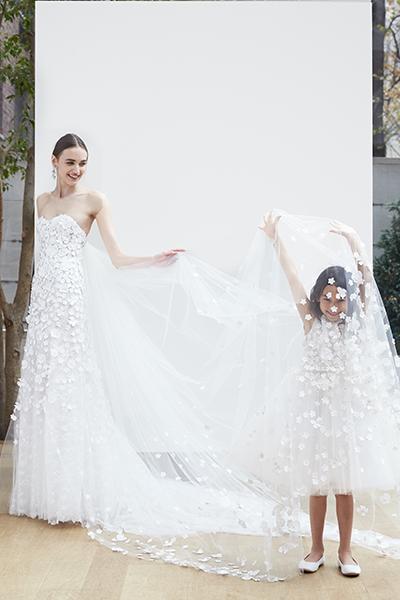 Wedding gown by Oscar De La Renta.