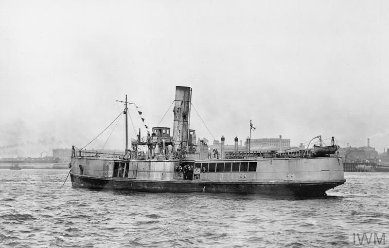 Wwi 22 23 April 1918 The Zeebrugge Raid Hms Iris Ii On Her Return To Liverpool Following The Zeebrugge Raid C Iwm Q 55564 Royal Navy Hms Warrior Warship