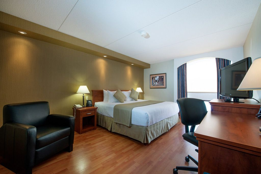 Our Specially Designed Victoria Inn Winnipeg Hotel Jacuzzi Suites Have The Getaway In Mind Amenities 1