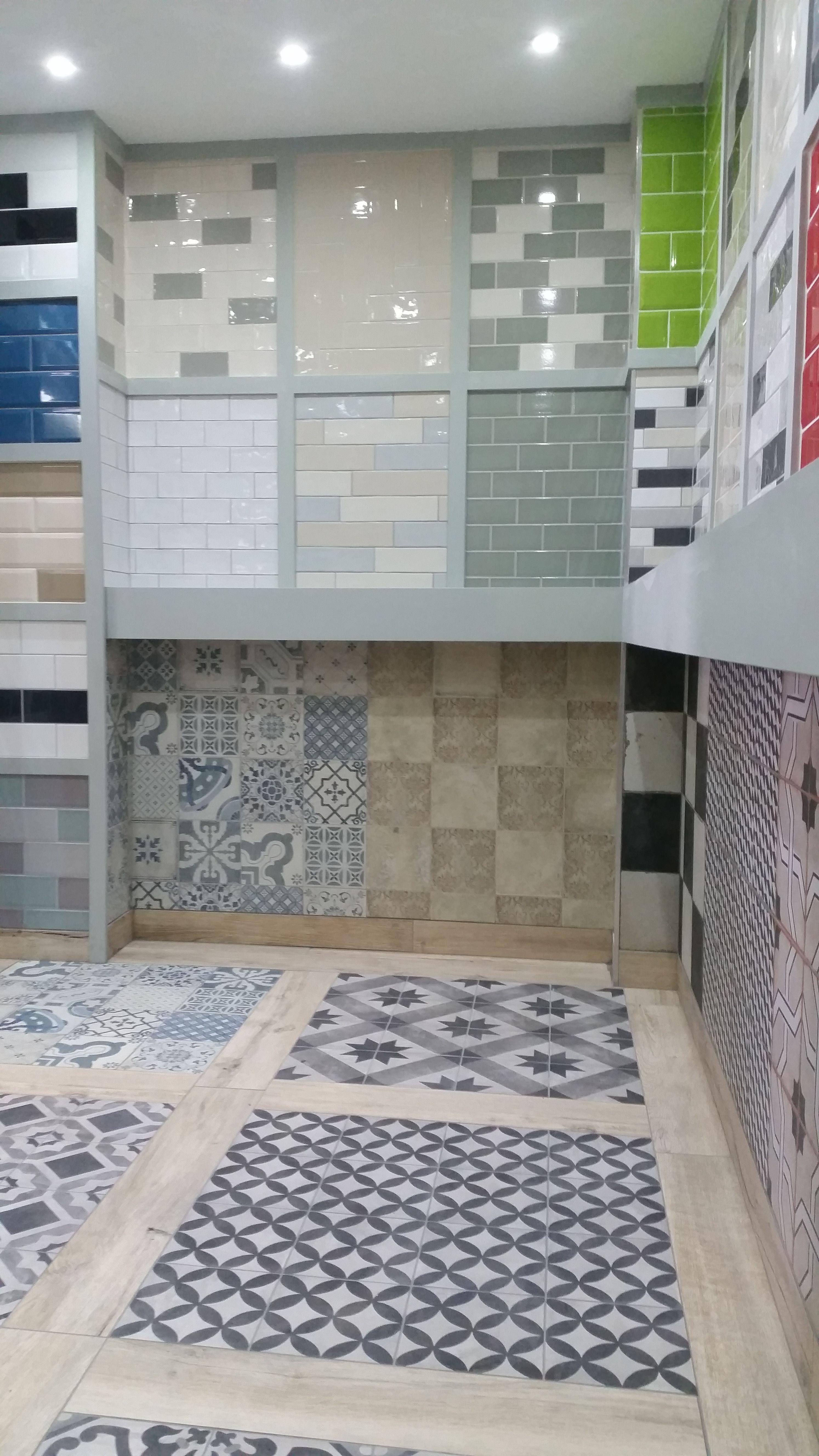 Discount Tile Depot display in York.   Showrooms - Direct Tile ...