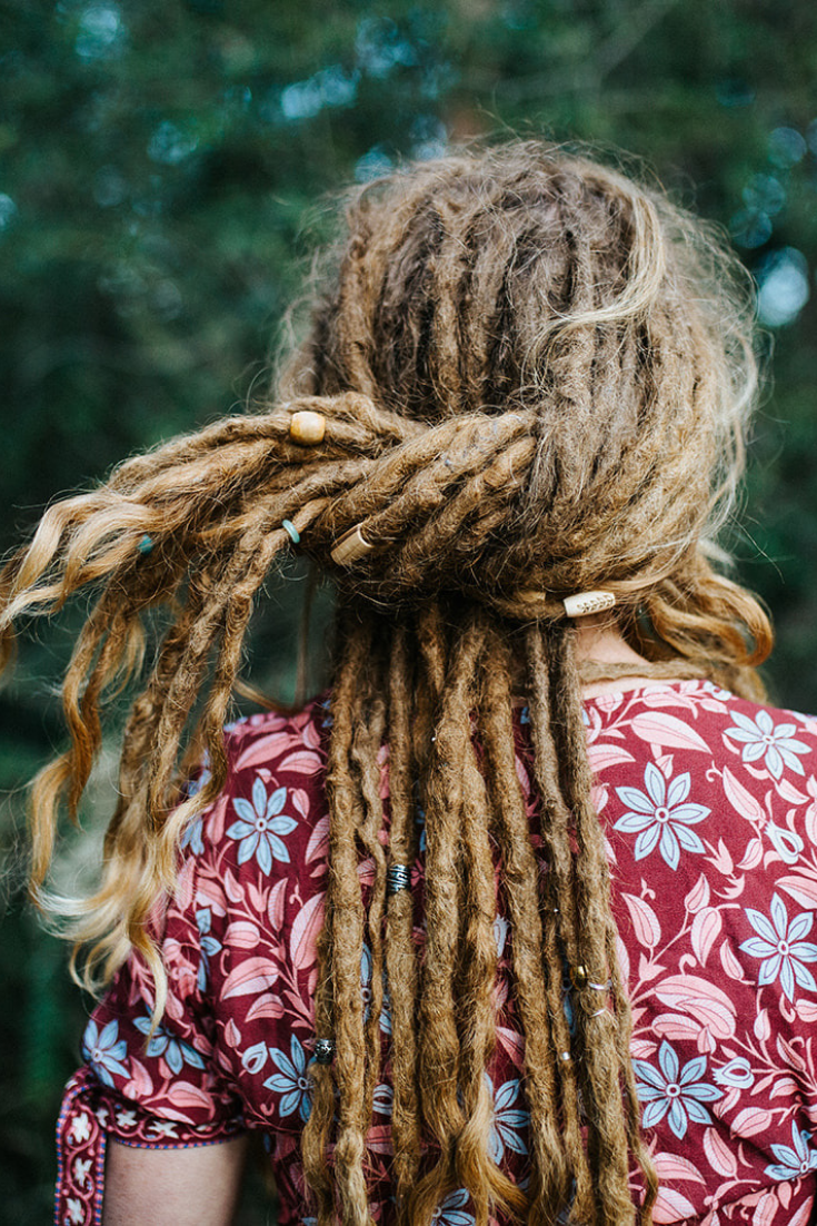 Dreadlock Hairstyles | Mountain Dreads | Girl with Dreads
