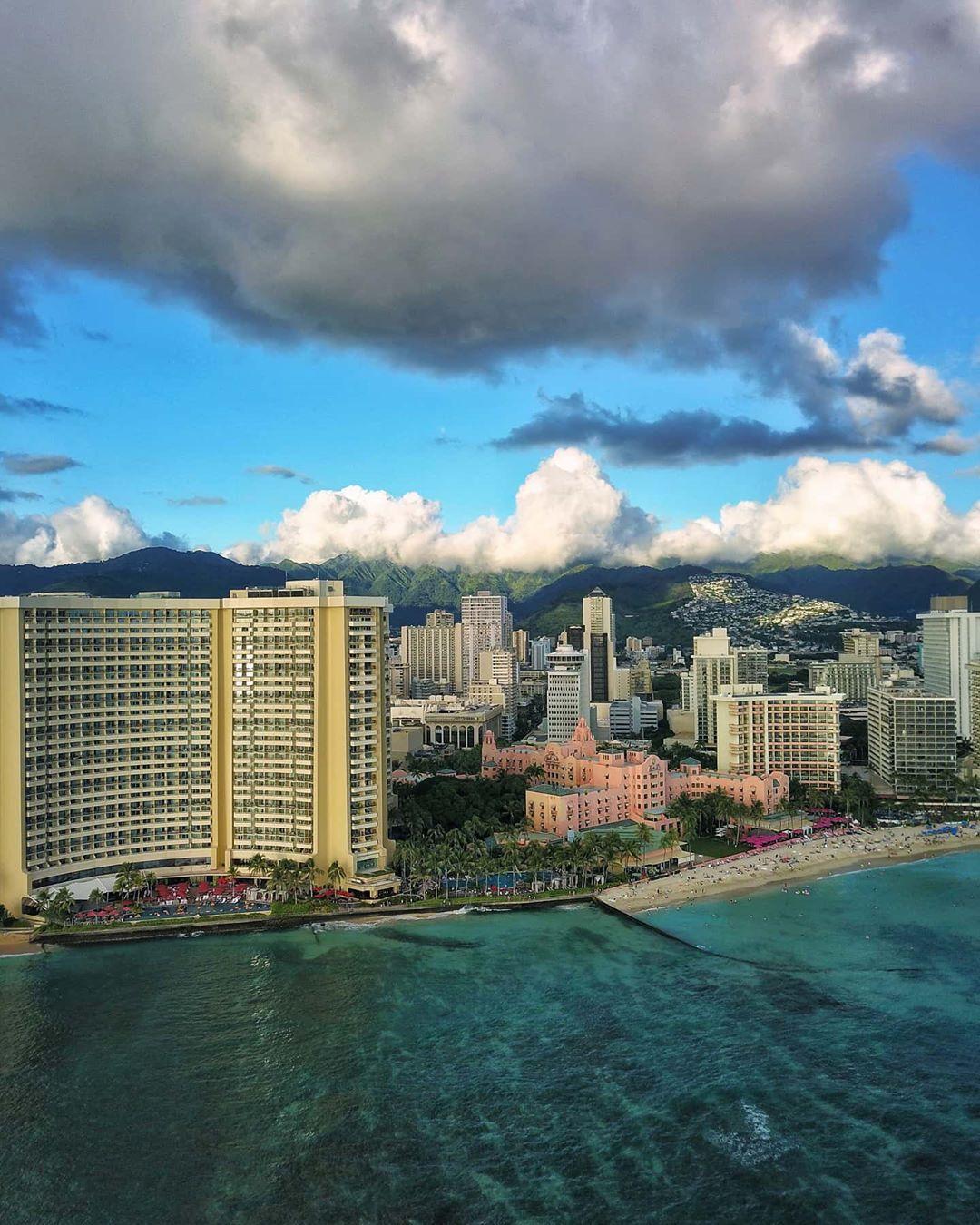 🔥🔥🔥Hawaii Luau Company- Hawaii's Premiere Corporate Event, Luau, Wedding and Entertainment Company.  www.hawaiiluaucompany.com  The BEST! Oahu Landscapes & Portraits PC:@holoholoyolo 🤙🏼🌺🌴  #hawaiiluaucompany#huakailuau #huakai #waikiki🌺 #mauiisland #waikikibeaches #waikikiphotography #honolulu #waikiki #hawaiibound #hawaiilove #oahuweddingplanner #oahuevents #hawaiibuilt #waikikielopment #waikikivibes #oahuluau #luauinwaikiki #koolina #luau #honolulu🌴 #visithawaii #oahustyle #waikikie