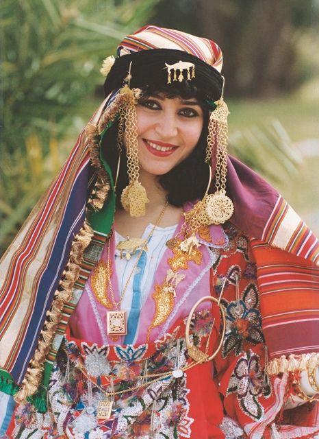 Kabyle Fran? a Girl Intalnire Flirtul mijloacelor
