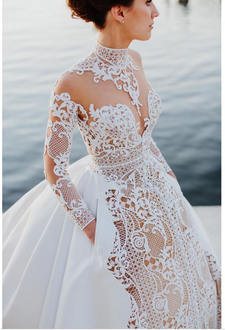 "bebe-sucre-fashion: ""J\'aton couture bridal dress "" 