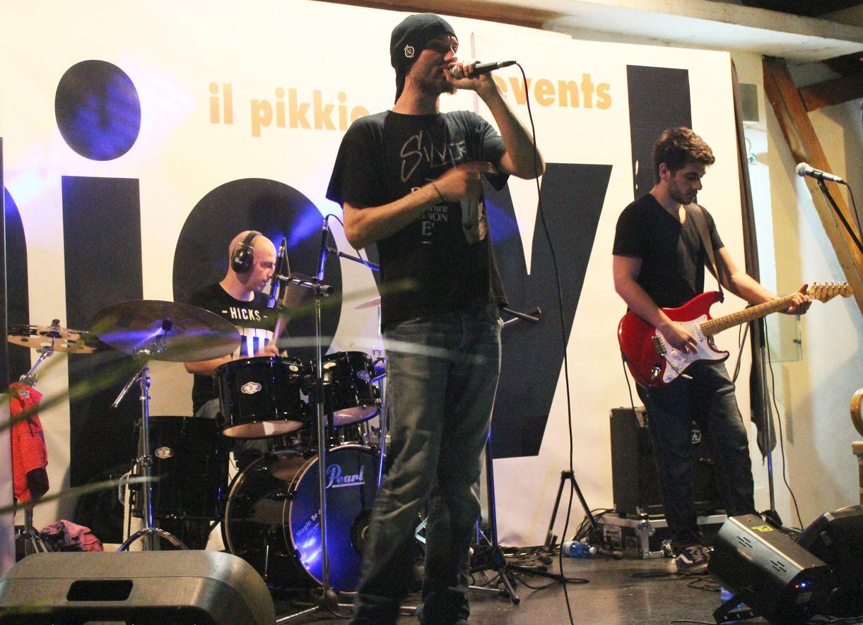 SNOB Articolo 31 Tribute Band unica in Italia. Il Pikkio è la tua estate in musica ! :-)
