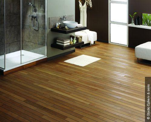 SDB étage mosaique sol douche blanche ou très claire, carreaux