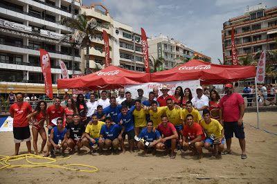 Tiempo De Deporte Ya Están Aquí Gana El Fútbol Playa En Las Canteras Futbol Playa Deportes Fútbol
